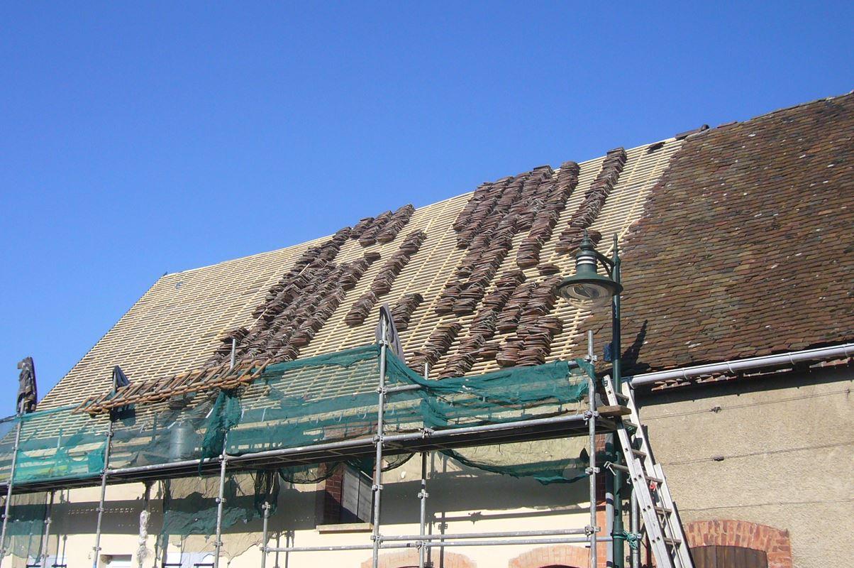 Pendant Rénovation Toiture en Tuiles